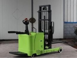新款全电动前移式堆高车CQD10A