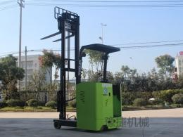 新款全电动前移式堆高车EFQ20